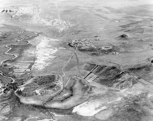 Aerial photograph from 1950 looking northeast, Gordion